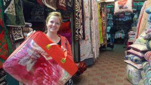 Shoppen Osh Bazaar