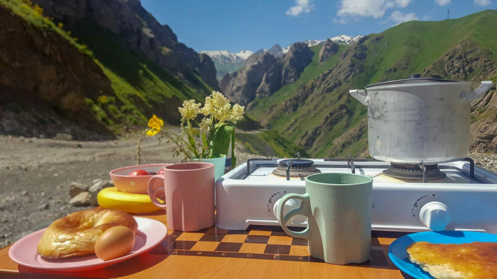 Ontbijtje Pamir Highway Tadzjikistan