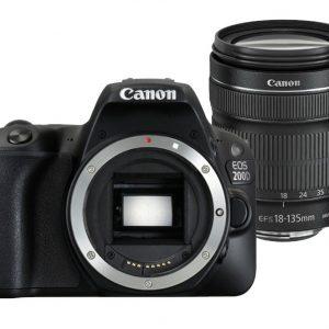 Canon EOS 200D zwart + 18-135mm iS STM